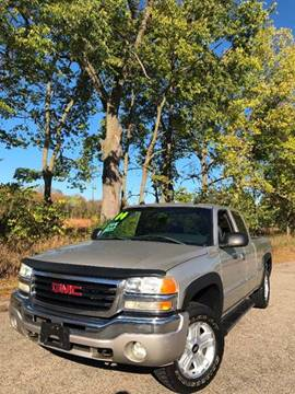 2004 GMC Sierra 1500 for sale at Auto Group Sales & Service Inc in Roscoe IL