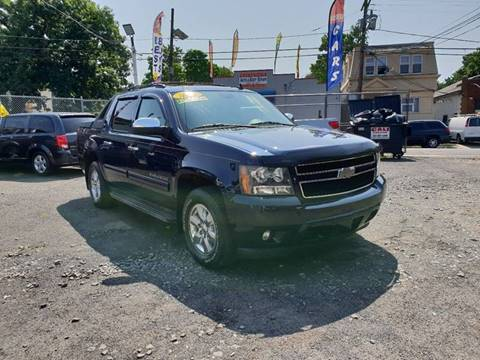 2011 Chevrolet Avalanche for sale at Elis Motors in Irvington NJ