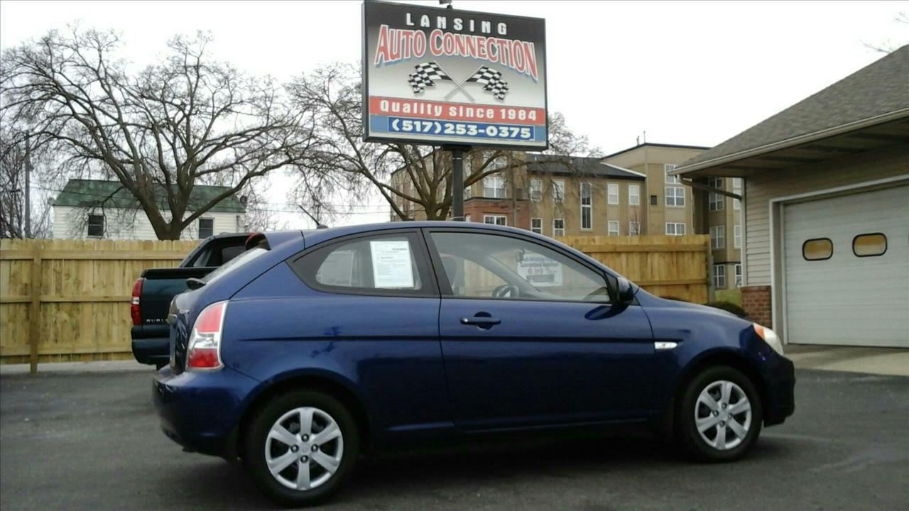 2008 HYUNDAI ACCENT SE 2DR HATCHBACK blue low miles and very economical this hyundai is a great