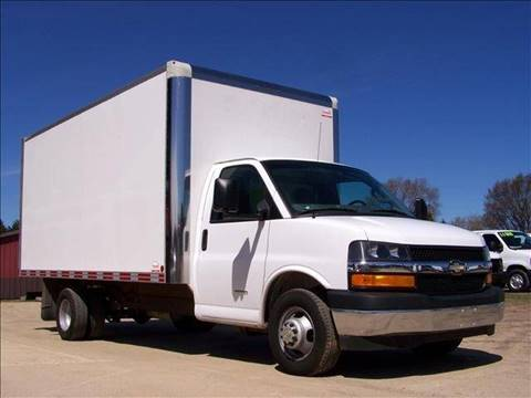 2017 Chevrolet Express Cutaway for sale in Rapid City, MI