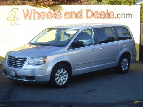 2009 Chrysler Town and Country for sale in Santa Clara, CA