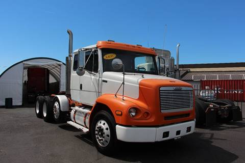 2000 Freightliner FL112 DAY CAB DROP AXEL for sale in Portland, OR