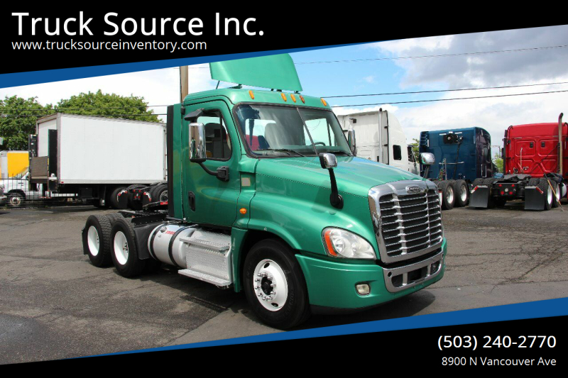2013 Freightliner Cascadia Day Cab for sale at Truck Source Inc. in Portland OR