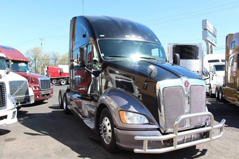 2011 Kenworth T700 for sale in Portland, OR