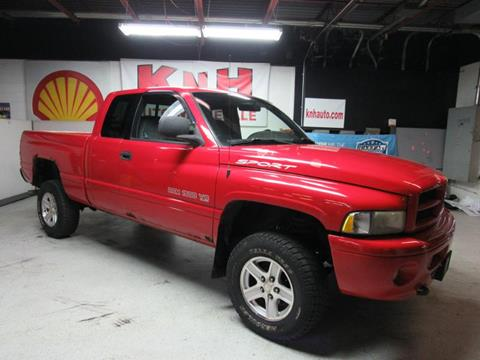2001 Dodge Ram Pickup 1500 for sale in Akron, OH