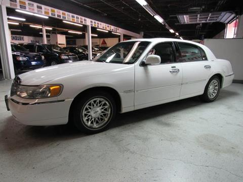 1999 Lincoln Town Car for sale in Akron, OH