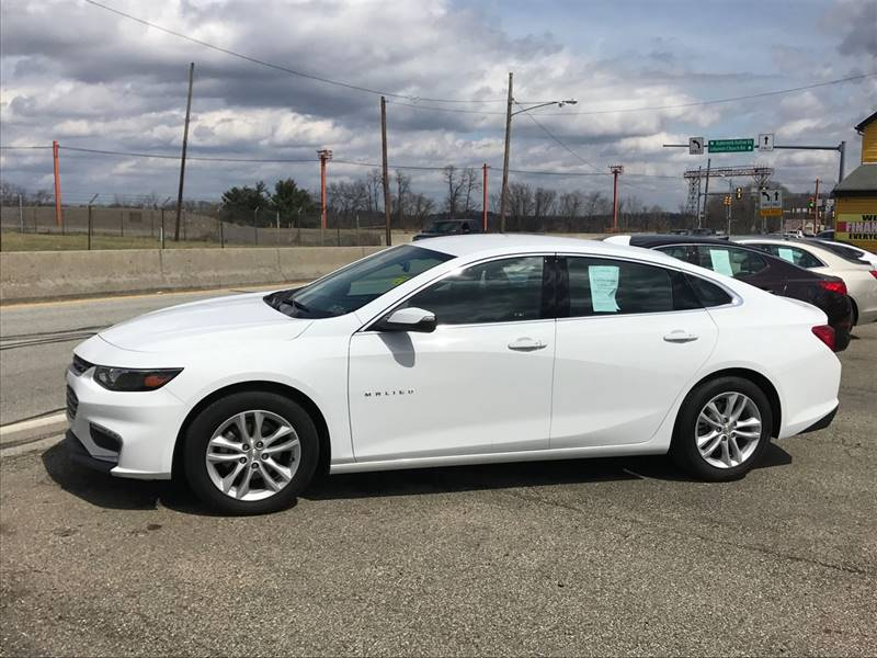 2016 Chevrolet Malibu LT 4dr Sedan w/1LT - West Mifflin PA