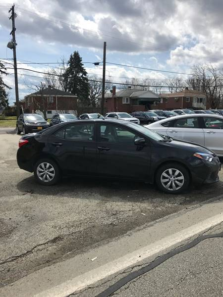 2015 Toyota Corolla LE 4dr Sedan - West Mifflin PA