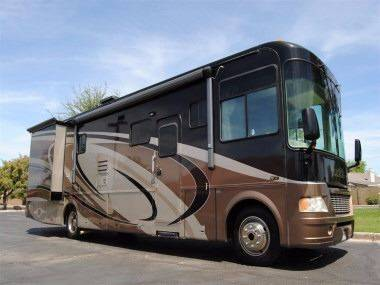 2006 Georgie Boy LUXURA 3640TS