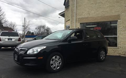 2010 Hyundai Elantra Touring for sale in Watertown, WI