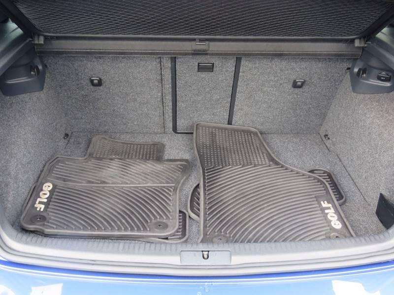 2012 Volkswagen Golf R AWD 2dr Hatchback w/ Sunroof and Navigation - Hollywood FL