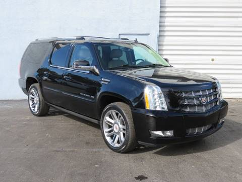 milwaukee wi escalade vehicle esv revo pewaukee premium cadillac