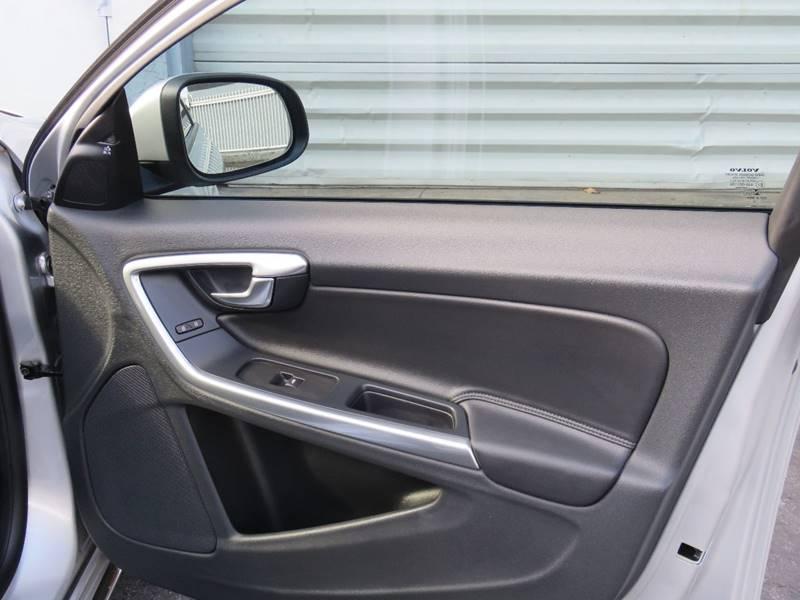 2015 Volvo S60 T5 Drive-E 4dr Sedan (midyear release) - Hollywood FL