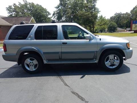 2002 Infiniti QX4 for sale at Happy Days Auto Sales in Piedmont SC