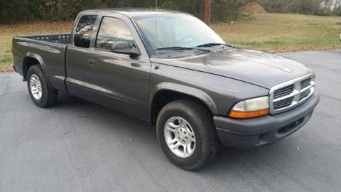 2004 Dodge Dakota for sale at Happy Days Auto Sales in Piedmont SC