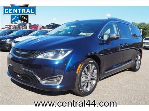 2017 Chrysler Pacifica for sale in Raynham Center, MA
