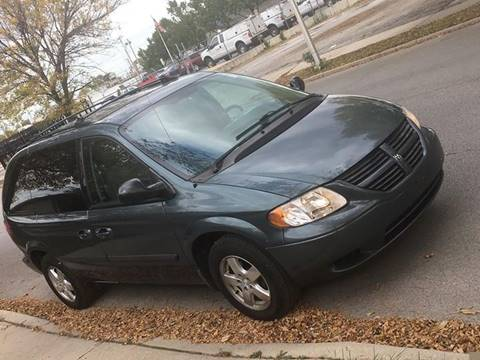 2005 Dodge Caravan for sale in Chicago, IL