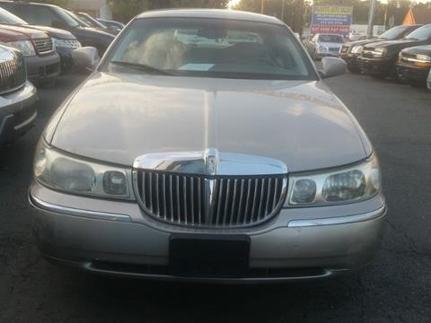 2001 Lincoln Town Car for sale in Glen Burnie, MD