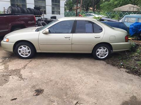 1999 Nissan Altima for sale at Hall's Motor Co. LLC in Wichita KS