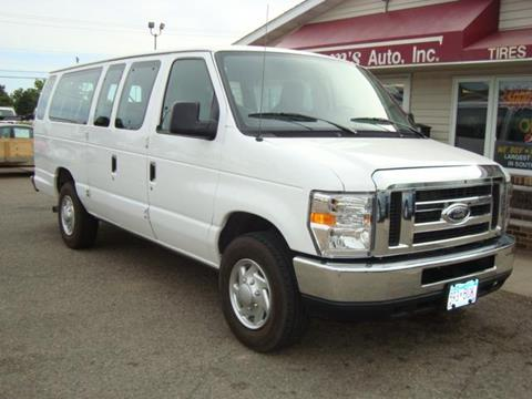 2010 Ford E-Series Wagon for sale in Mankato, MN