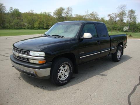 2000 Chevrolet Silverado 1500 for sale at MIKES AUTO CENTER in Lexington OH
