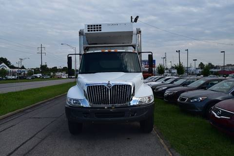 2003 International 4300 for sale in Lexington, KY