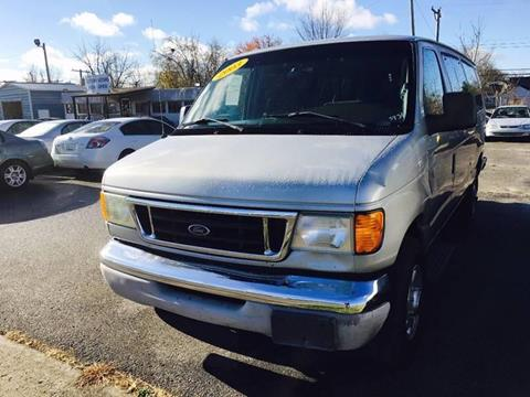 2003 Ford E-Series Wagon for sale in Lexington, KY