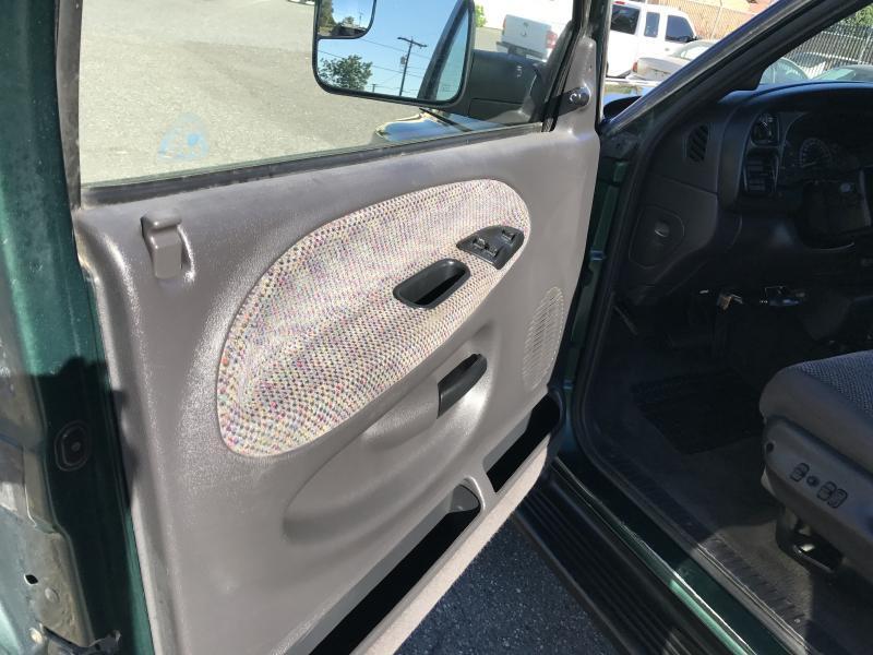 2001 Dodge Ram Pickup 2500 SLT - Richland WA