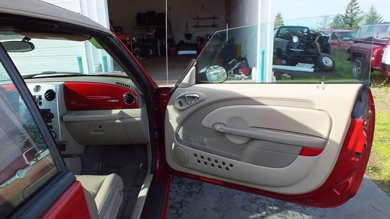 2006 Chrysler PT Cruiser Touring 2dr Convertible - Tillamook OR