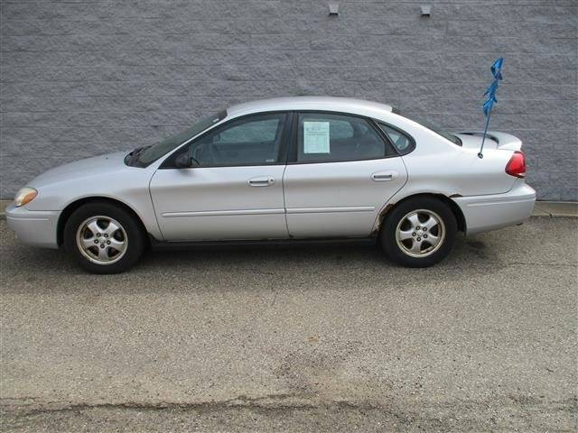 2005 Ford Taurus SE 4dr Sedan - Alliance OH