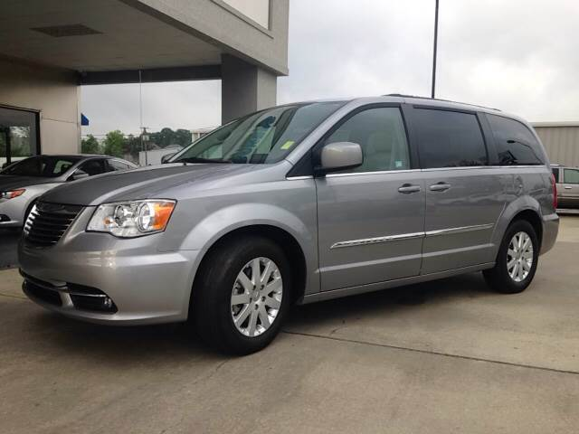 2016 Chrysler Town and Country Touring 4dr Mini-Van - Brookhaven MS