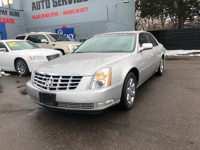 2007 Cadillac Dts car for sale in Detroit