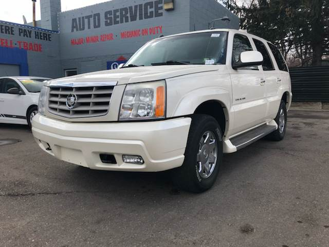 2005 Cadillac Escalade car for sale in Detroit