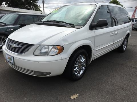 2001 Chrysler Town and Country for sale in Salem, OR