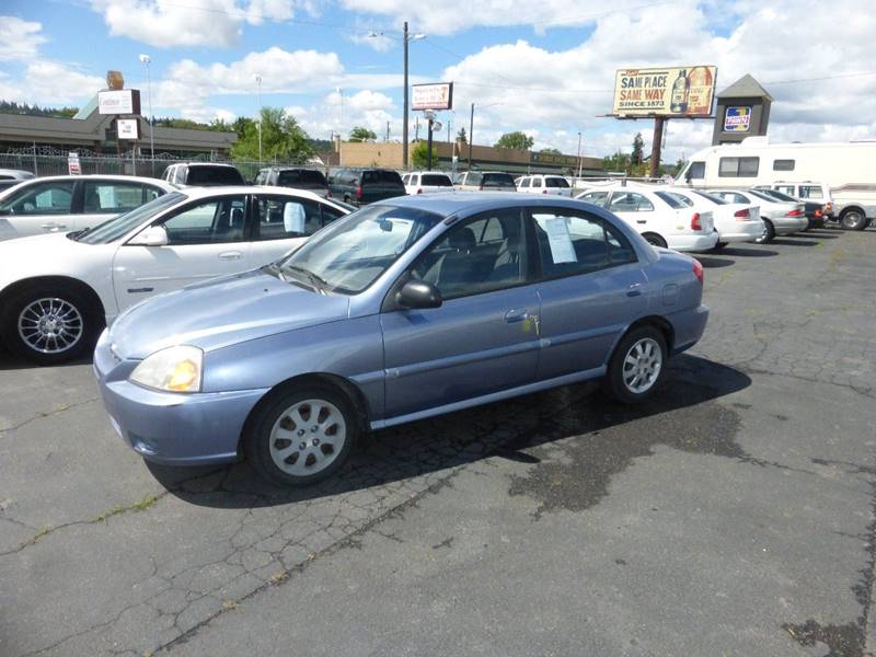 2005 KIA RIO BASE 4DR SEDAN titanium at cold ac reliable economy car  center console - fron
