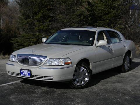 Lincoln town car for sale carsforsale 2004 lincoln town car for sale in carol stream il sciox Image collections