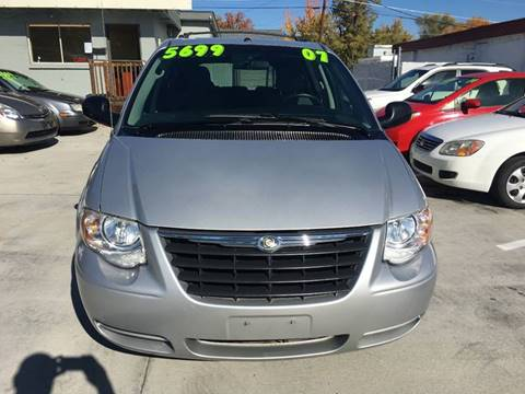 2007 Chrysler Town and Country for sale in Boise, ID