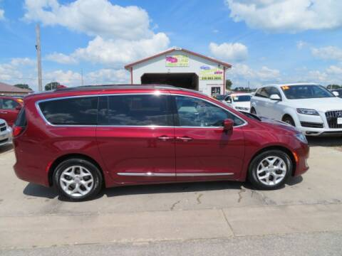 2017 Chrysler Pacifica for sale at Jefferson St Motors in Waterloo IA