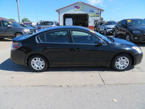 2009 Nissan Altima for sale at Jefferson St Motors in Waterloo IA