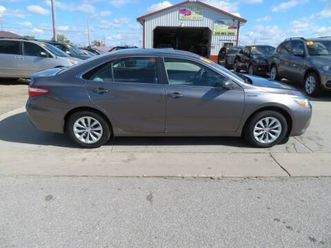 2016 Toyota Camry Hybrid for sale at Jefferson St Motors in Waterloo IA