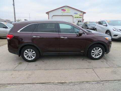 2016 Kia Sorento for sale at Jefferson St Motors in Waterloo IA