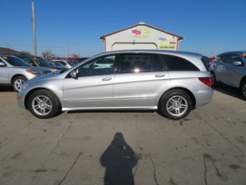 2006 Mercedes-Benz R-Class for sale at Jefferson St Motors in Waterloo IA