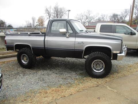 1987 Chevrolet R/V 10 Series for sale at Beckham's Used Cars in Milledgeville GA