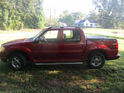2004 Ford Explorer Sport Trac for sale at Beckham's Used Cars in Milledgeville GA