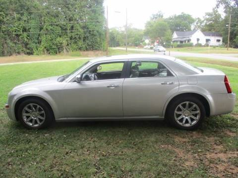 2006 Chrysler 300 for sale at Beckham's Used Cars in Milledgeville GA