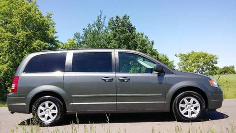 2010 Chrysler Town and Country for sale in Cambridge, MN