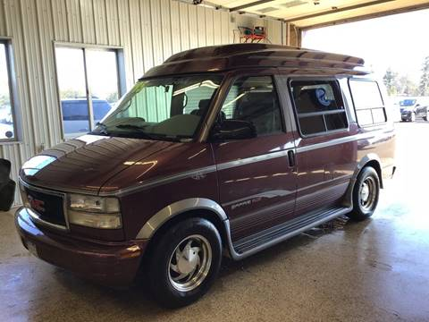 1997 GMC Safari for sale in Cambridge, MN
