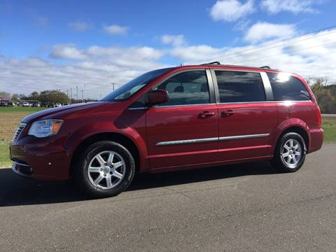 2012 Chrysler Town and Country for sale in Cambridge, MN