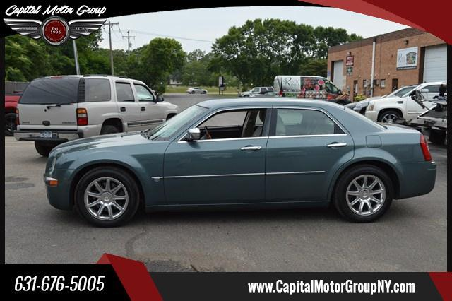 2005 Chrysler 300 for sale at Capital Motor Group Inc in Ronkonkoma NY