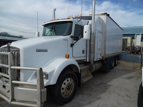 2001 Kenworth T300 for sale in Lone Grove, OK
